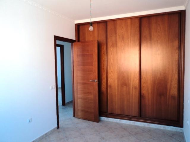 Piso en venta en Puerto del Rosario, Las Palmas, Calle Cantador Manuel Navarro, 83.000 €, 2 habitaciones, 1 baño, 81 m2