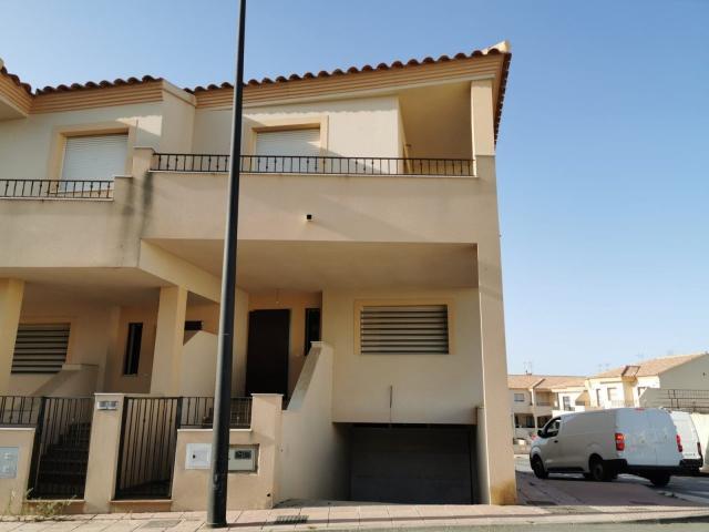 Casa en venta en Vera, Almería, Calle Glorieta, 130.000 €, 165 m2