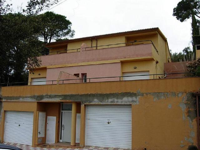 Casa en venta en Vidreres, Girona, Calle Roser, 130.000 €, 3 habitaciones, 2 baños, 141 m2