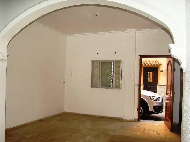 Piso en venta en Algeciras, Cádiz, Calle Pablo Picasso, 51.000 €, 87 m2