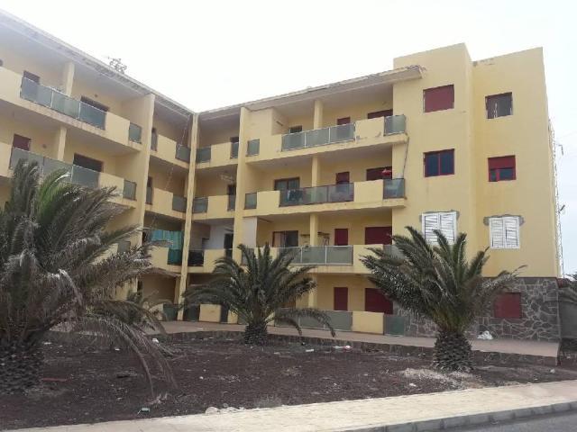 Piso en venta en Pájara, Las Palmas, Urbanización S. Xxi, 74.000 €, 2 habitaciones, 1 baño, 56 m2