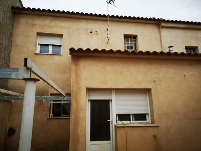 Piso en venta en Minaya, Albacete, Calle Julian Gomez Descalzo, 64.900 €, 3 habitaciones, 2 baños, 136 m2
