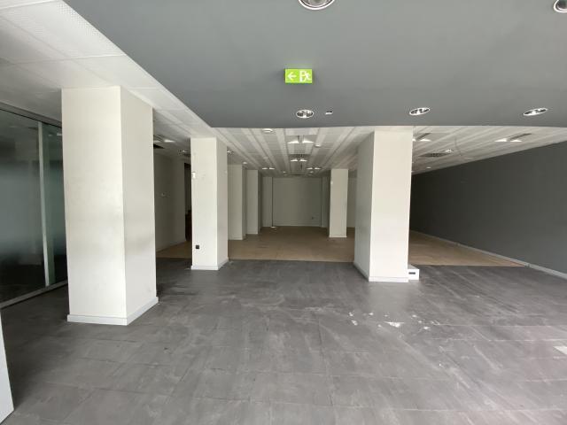 Local en venta en La Línea de la Concepción, Cádiz, Avenida España, 264.100 €, 98 m2
