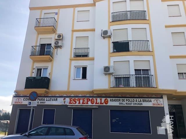 Piso en venta en Barriada Islas Canarias, Estepona, Málaga, Avenida Libertad, 104.100 €, 2 habitaciones, 1 baño, 59 m2