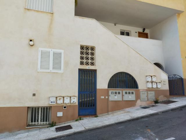 Piso en venta en Aguadulce, Roquetas de Mar, Almería, Calle Piamonte, 102.500 €, 2 habitaciones, 1 baño, 87 m2