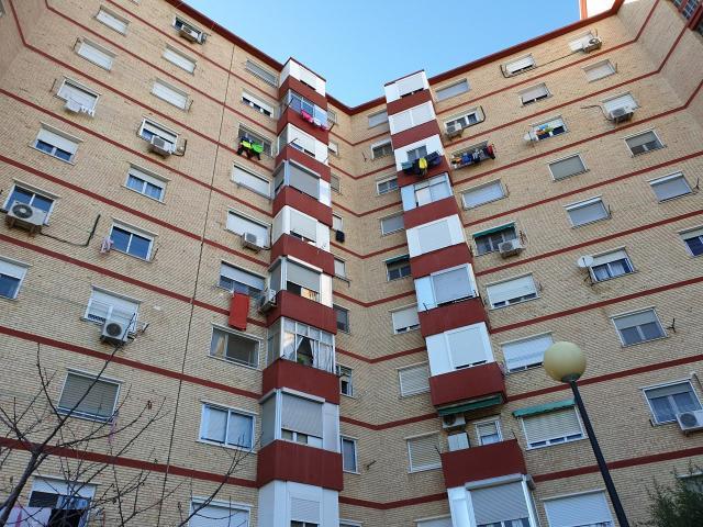 Piso en venta en Vadorrey, Zaragoza, Zaragoza, Calle Nobleza Baturra, 97.000 €, 3 habitaciones, 1 baño, 68 m2