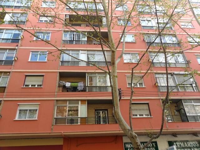 Piso en venta en La Jota, Zaragoza, Zaragoza, Avenida Jota, 93.000 €, 3 habitaciones, 1 baño, 85 m2