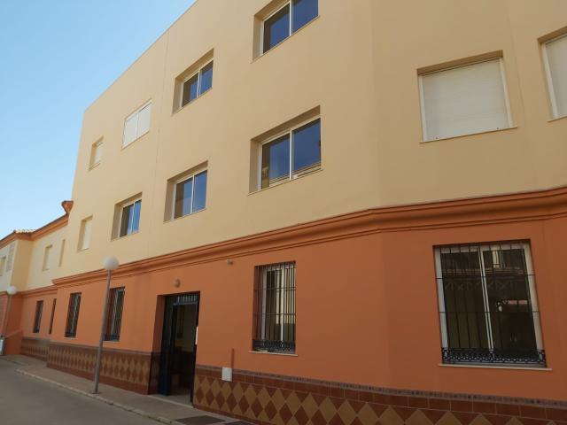 Piso en venta en Chipiona, Cádiz, Calle Camaleón, 130.000 €, 3 habitaciones, 2 baños, 92 m2