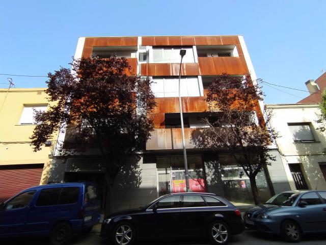 Local en venta en Vallparadís, Terrassa, Barcelona, Calle Prat de la Riba, 272.400 €, 345 m2