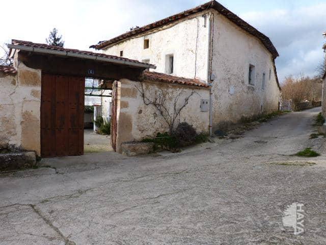 Casa en venta en San Juan de Lechedo, Villarcayo de Merindad de Castilla la Vieja, Burgos, Calle San Pablo Barrio de Barruso. Pueblo de Fresnedo. Frente Ermita de Santa Lucia, 171.500 €, 3 habitaciones, 1 baño, 226 m2