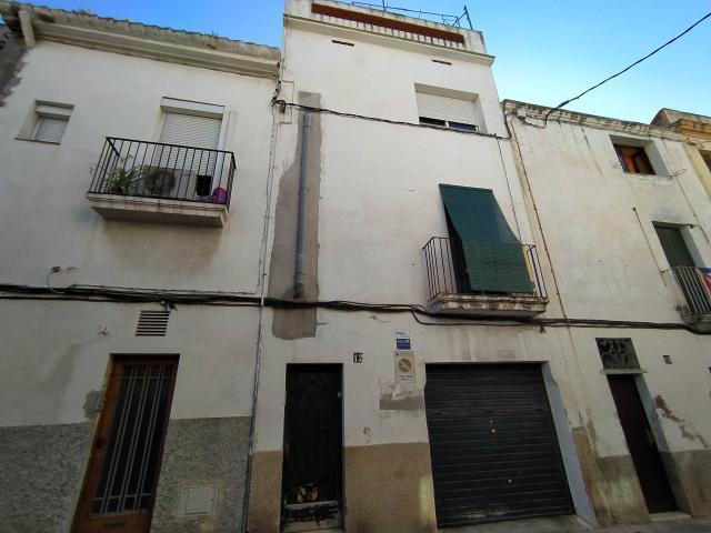 Piso en venta en Torre Garrell, Vilanova I la Geltrú, Barcelona, Calle San Roque, 155.000 €, 1 habitación, 1 baño, 86 m2