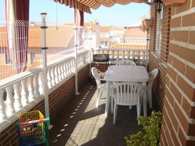 Piso en venta en Numancia de la Sagra, Toledo, Calle Sagra, 96.800 €, 3 habitaciones, 2 baños, 96 m2