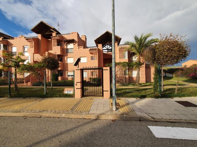 Piso en venta en Casares, Málaga, Urbanización Casares del Sol, 122.000 €, 2 habitaciones, 2 baños, 78 m2