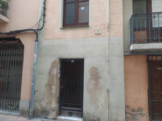 Piso en venta en Reus, Tarragona, Calle Alt de Sant Salvador, 61.600 €, 2 habitaciones, 1 baño, 71 m2