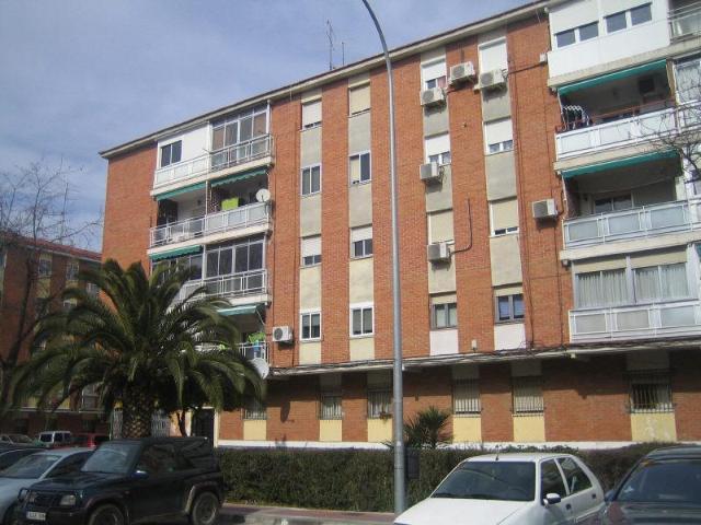 Piso en venta en Parla, Madrid, Calle Fernando Iii El Santo, 102.800 €, 3 habitaciones, 1 baño, 89 m2