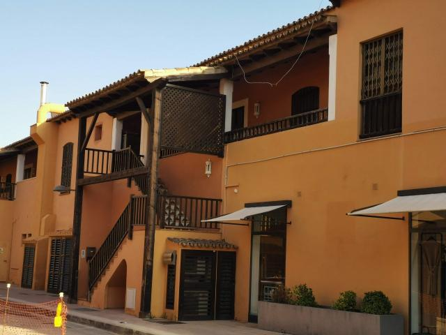 Piso en venta en Calvià, Baleares, Paraje Puerto Portals, 270.000 €, 2 habitaciones, 2 baños, 101 m2