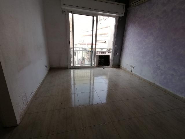 Piso en venta en Barcelona, Barcelona, Calle Noguera Pallaresa, 185.000 €, 3 habitaciones, 1 baño, 73 m2