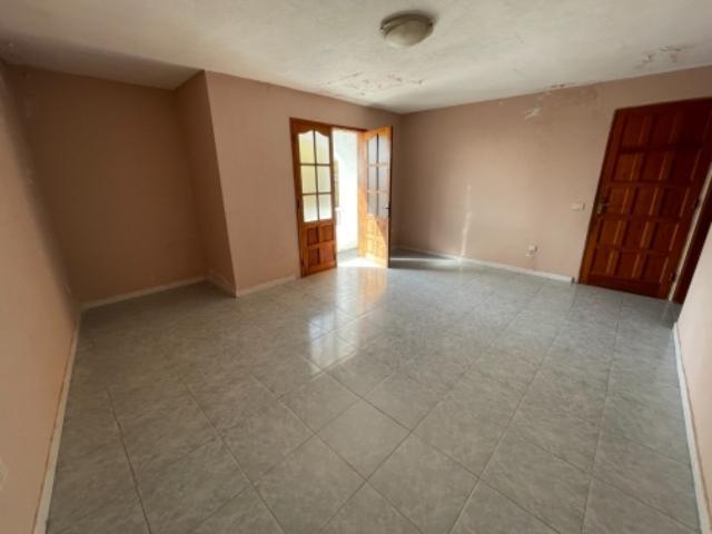 Piso en venta en Los Llanos de Aridane, Santa Cruz de Tenerife, Calle Murillo, 95.800 €, 3 habitaciones, 1 baño, 96 m2