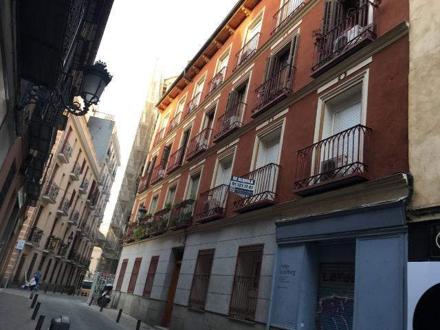 Piso en venta en Madrid, Madrid, Calle San Pedro, 216.000 €, 2 baños, 55 m2