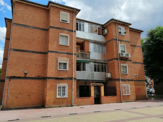 Piso en venta en Alcalá de Henares, Madrid, Calle Hernan Cortes, 102.100 €, 3 habitaciones, 1 baño, 84 m2