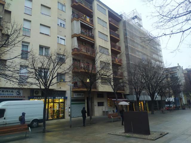 Piso en venta en Salt, Girona, Calle 3 de Març, 129.000 €, 4 habitaciones, 2 baños, 102 m2