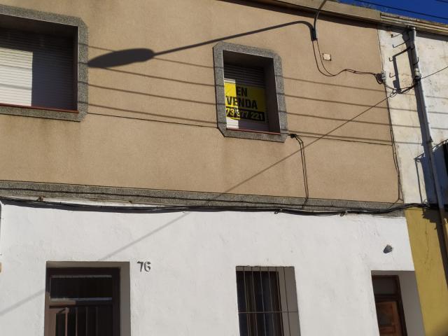 Piso en venta en Sant Feliu de Guíxols, Girona, Avenida Catalunya, 99.000 €, 2 habitaciones, 1 baño, 87 m2