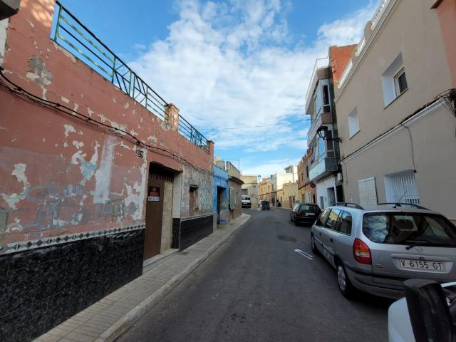 Casa en venta en Alzira, Valencia, Calle Luchana, 42.600 €, 2 habitaciones, 1 baño, 103 m2