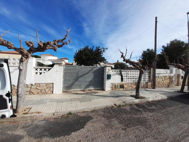 Casa en venta en Mont-roig del Camp, Tarragona, Calle Pintor Fortuny, 109.000 €, 2 habitaciones, 1 baño, 61 m2