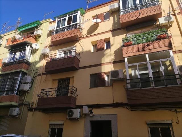 Piso en venta en Jaén, Jaén, Calle Bilbao, 48.000 €, 66 m2