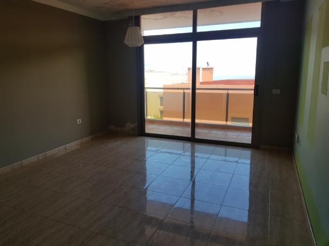 Piso en venta en La Victoria de Acentejo, Santa Cruz de Tenerife, Calle Cercados, 97.200 €, 2 habitaciones, 1 baño, 76 m2