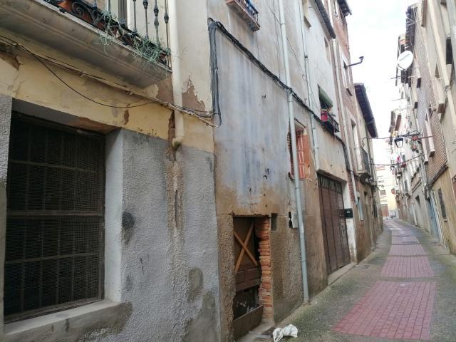 Casa en venta en Calahorra, Calahorra, La Rioja, Calle Cabezo, 29.500 €, 3 habitaciones, 2 baños, 142 m2