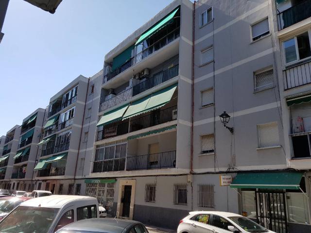 Piso en venta en El Castillo, Torrejón de Ardoz, Madrid, Calle Segovia, 79.500 €, 3 habitaciones, 1 baño, 75 m2