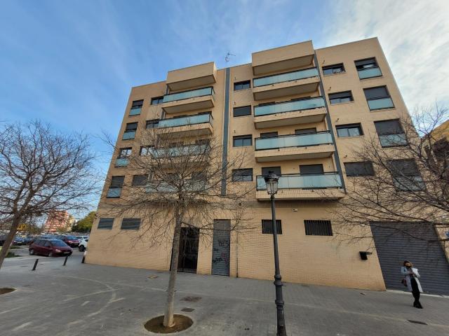 Local en venta en Valencia, Valencia, Avenida Hermanos Machado, 64.000 €, 69 m2