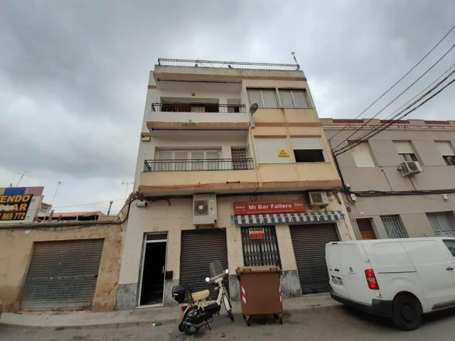 Piso en venta en Elda, Alicante, Calle Vasco de Gama, 55.300 €, 3 habitaciones, 1 baño, 110 m2