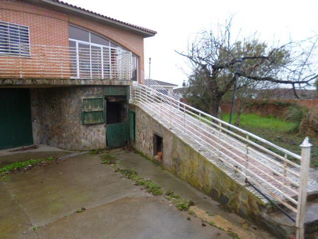 Casa en venta en Montalvo Segundo, Carrascal de Barregas, Salamanca, Calle Unamuno, 226.000 €, 4 habitaciones, 3 baños, 376 m2