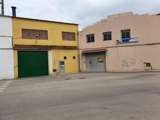 Industrial en venta en Manises, Valencia, Calle Rio Millares, 320.000 €, 992 m2
