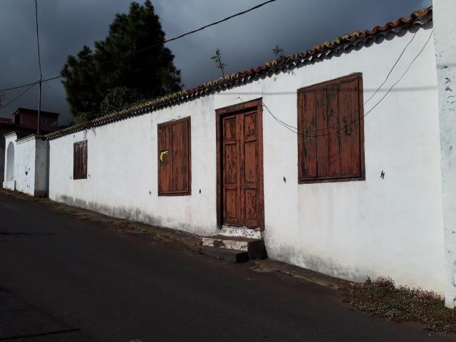 Casa en venta en Breña Alta, Santa Cruz de Tenerife, Calle la Piedad, 130.700 €, 3 habitaciones, 2 baños, 168 m2