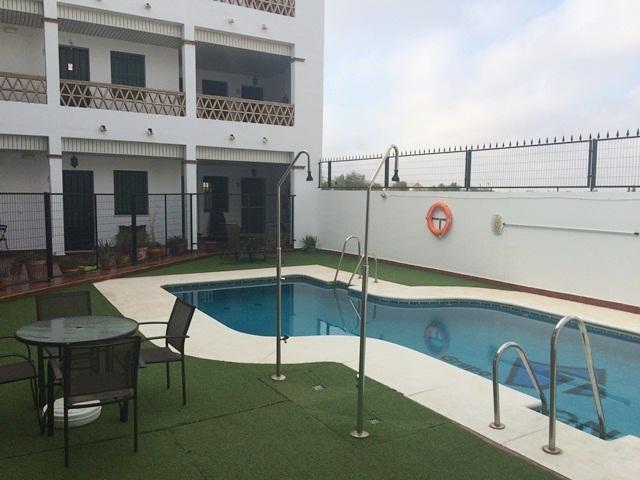 Piso en venta en Bollullos Par del Condado, Huelva, Avenida de la Paz, 65.000 €, 76 m2
