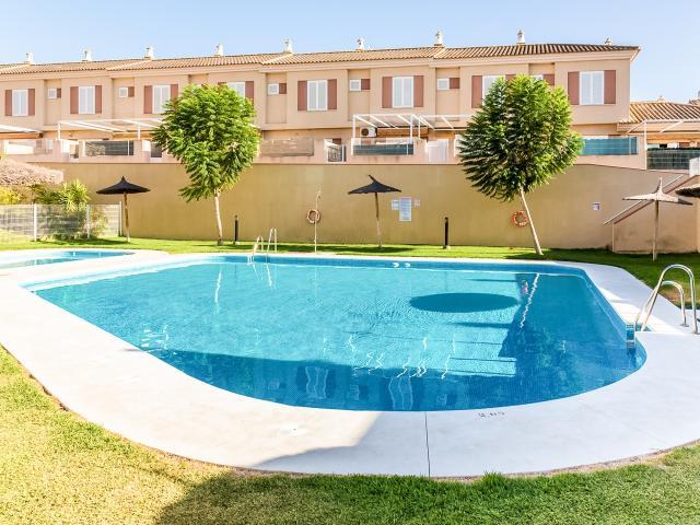 Casa en venta en La Redondela, Isla Cristina, Huelva, Calle Catalamar, 230.200 €, 65 m2
