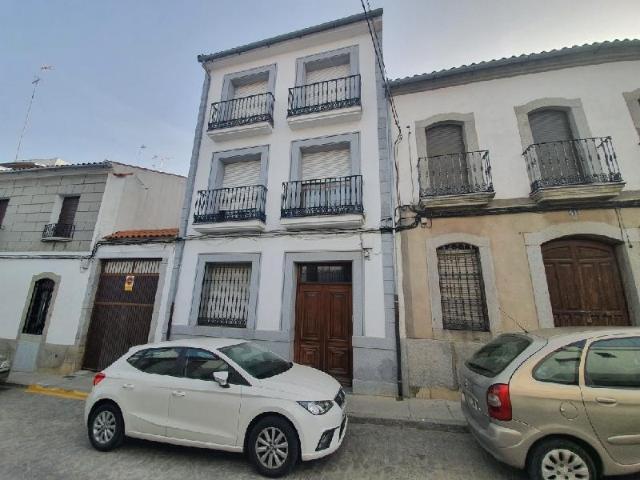 Piso en venta en Pozoblanco, Córdoba, Calle Feria, 73.000 €, 3 habitaciones, 2 baños, 134 m2