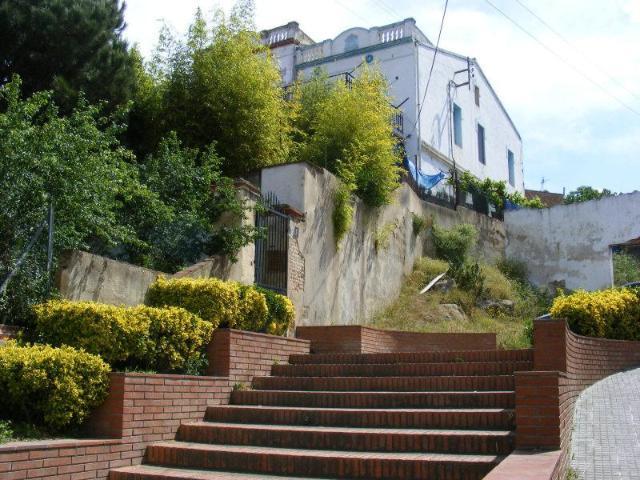 Casa en venta en La Roca del Vallès, Barcelona, Calle Nebot Xic, 148.500 €, 5 habitaciones, 2 baños, 140 m2