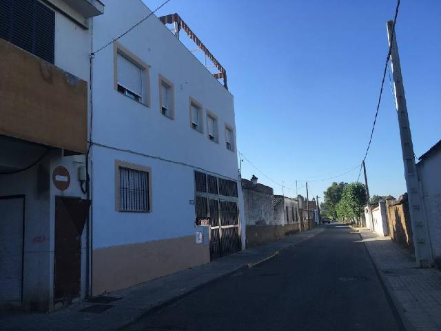 Casa en venta en Guillena, Sevilla, Calle Portugalete, 67.700 €, 3 habitaciones, 1 baño, 105 m2