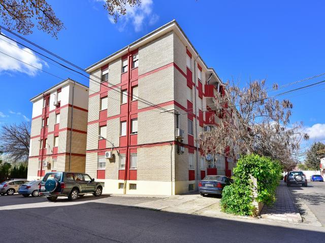 Piso en venta en La Carolina, Jaén, Calle Santo Reino, 38.586 €, 4 habitaciones, 1 baño, 120 m2
