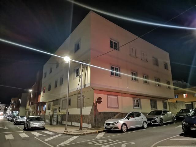 Piso en venta en La Charca, Puerto del Rosario, Las Palmas, Calle Zaragoza, 68.000 €, 2 habitaciones, 1 baño, 64 m2