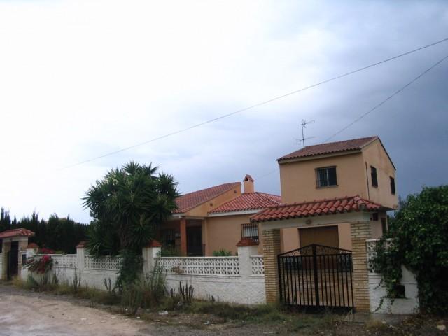 Casa en venta en Llíria, Valencia, Calle Dels Estornells, 162.000 €, 5 habitaciones, 2 baños, 202 m2