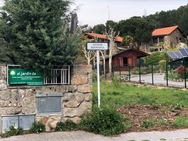 Casa en venta en Parquelagos, Galapagar, Madrid, Avenida Normandia, 430.000 €, 3 habitaciones, 2 baños, 389 m2
