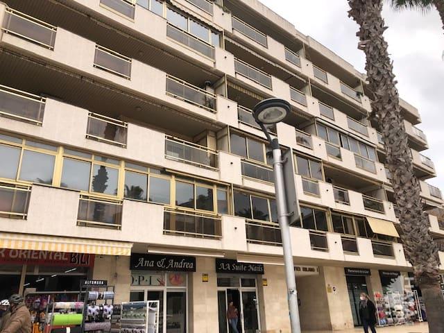 Local en venta en Cap Salou, Salou, Tarragona, Calle Carrilet (del), 188.900 €, 105 m2