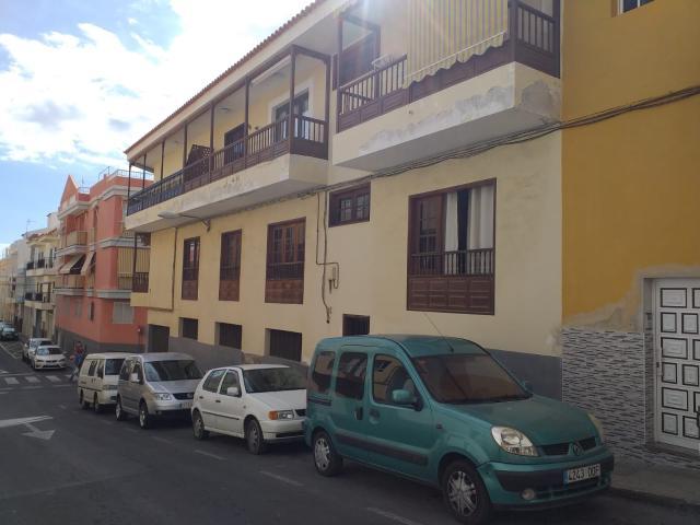 Piso en venta en Playa San Juan, Guía de Isora, Santa Cruz de Tenerife, Calle Isla de Gran Canaria, 124.200 €, 2 habitaciones, 1 baño, 70 m2