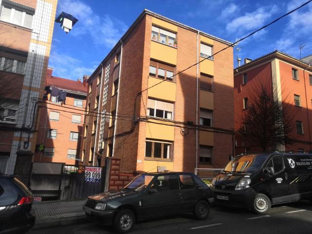 Piso en venta en Gijón, Asturias, Calle Conde Toreno, 55.000 €, 2 habitaciones, 57 m2