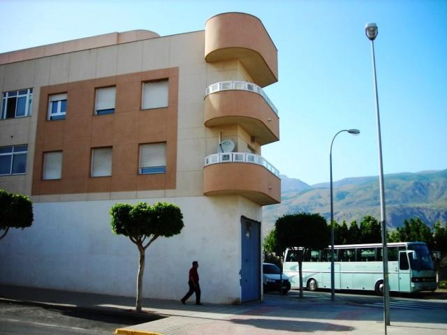 Piso en venta en Pampanico, El Ejido, Almería, Avenida Séneca, 80.000 €, 3 habitaciones, 2 baños, 87 m2